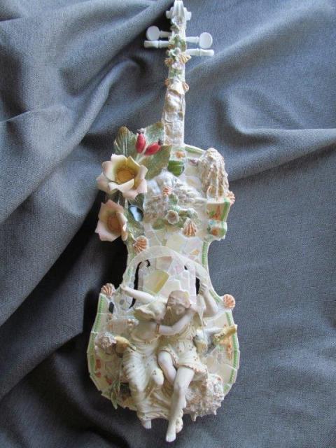 Sylvia's Violins | Daphnis et Chloe